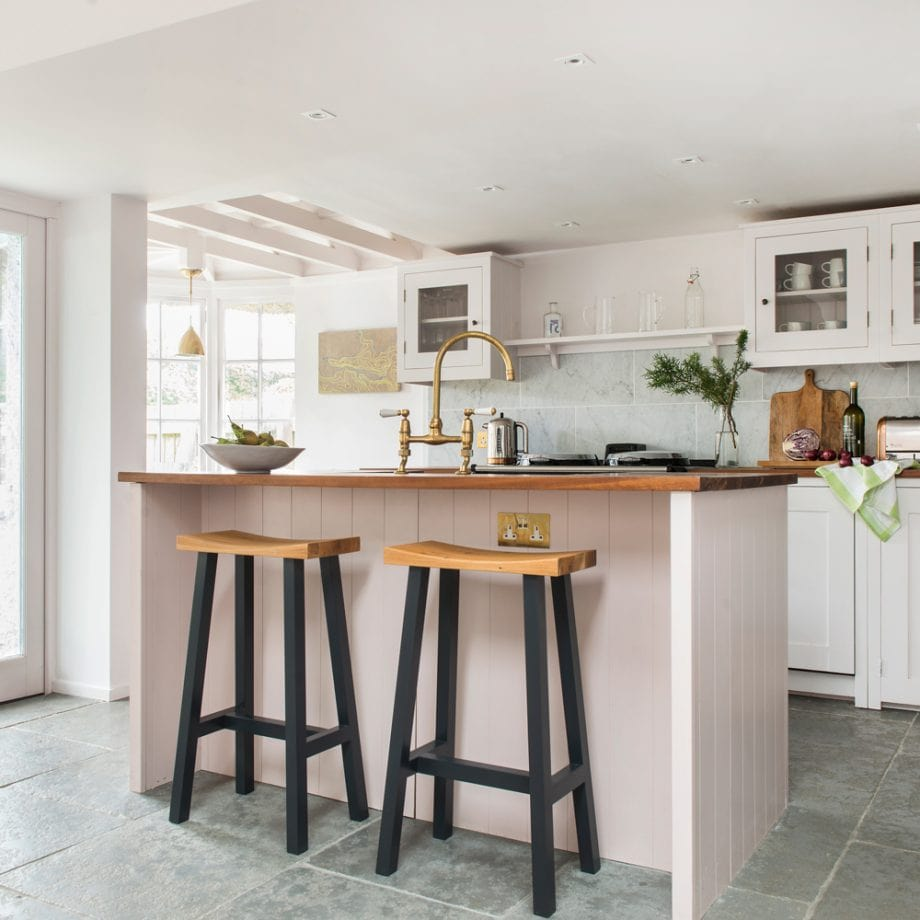 دکوراسیون آشپزخانه رنگ سفید
