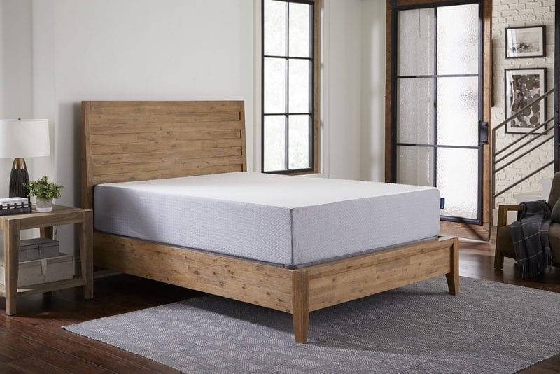 انتخاب و خرید بهترین تشک برای تخت خواب چوبی