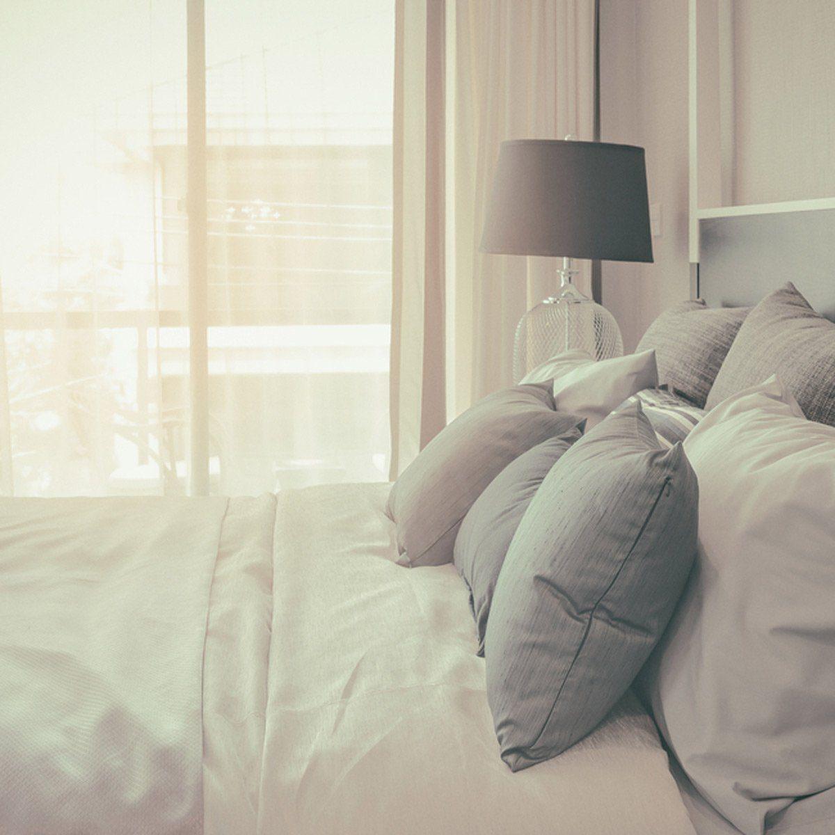 ۱۵ ایده آرامش بخش برای دکوراسیون اتاق خواب